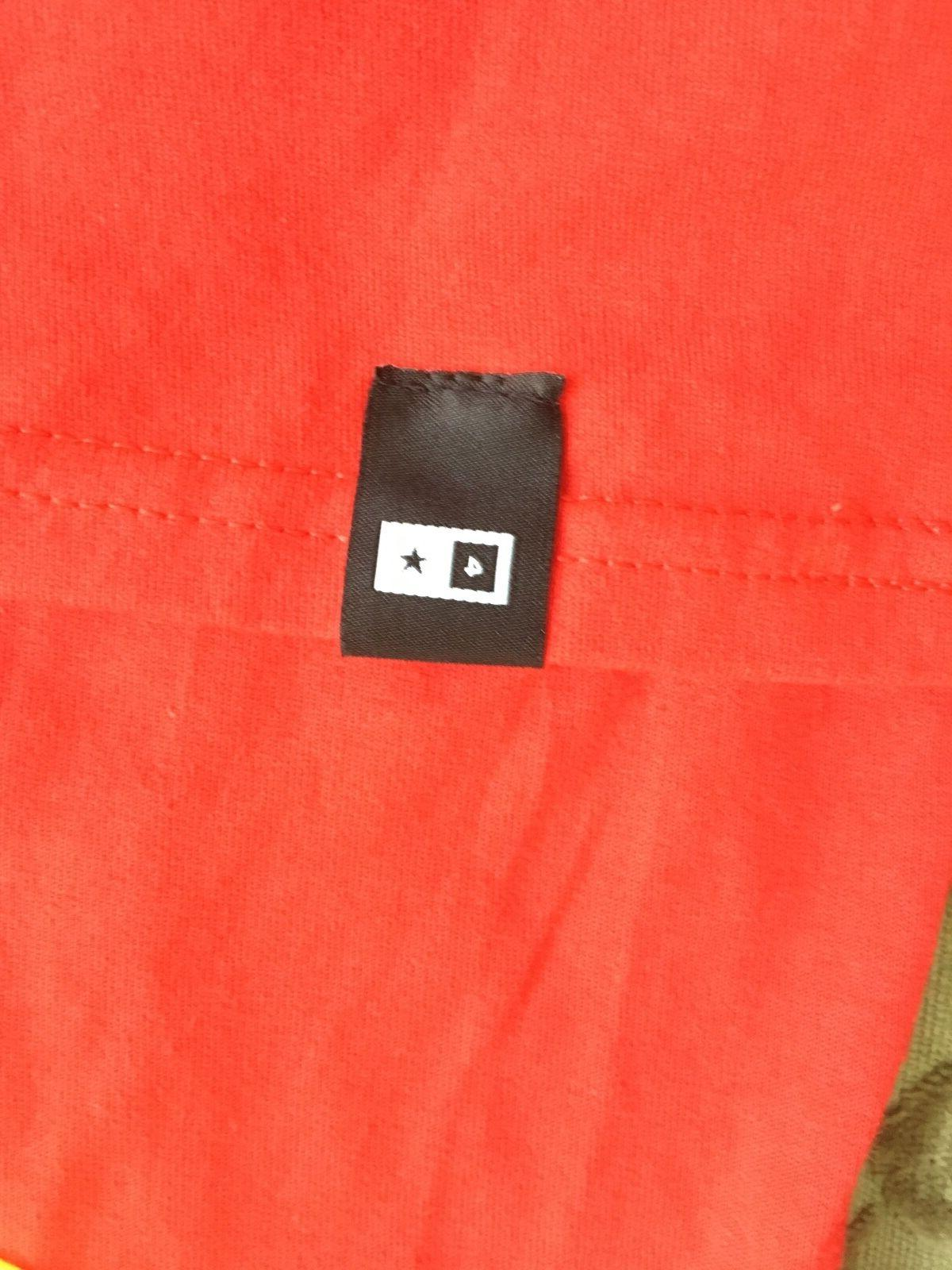 Red Pocket L New