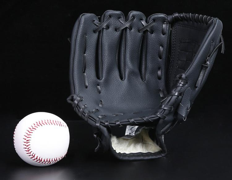 PVC bluebrownblack <font><b>Softballs</b></font> Sports <font><b>baseball</b></font> gloves <font><b>men</b></font> women kids