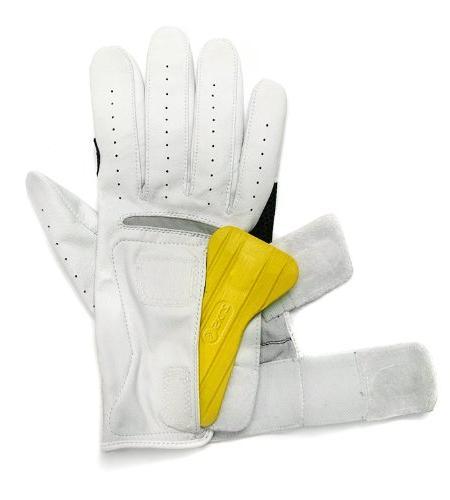 New Glove Swing Trainer